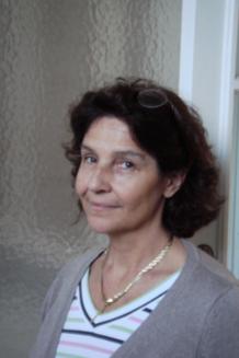 Photo portrait de Sylvie de Vulpillières, enseignante au Centre Sèvres (Paris)